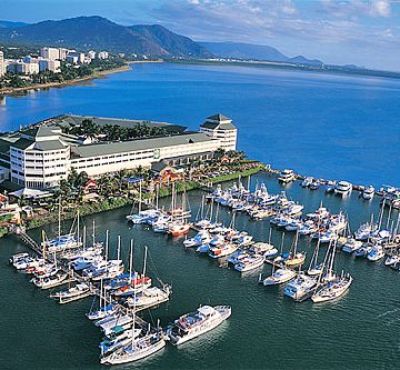 cairns-city